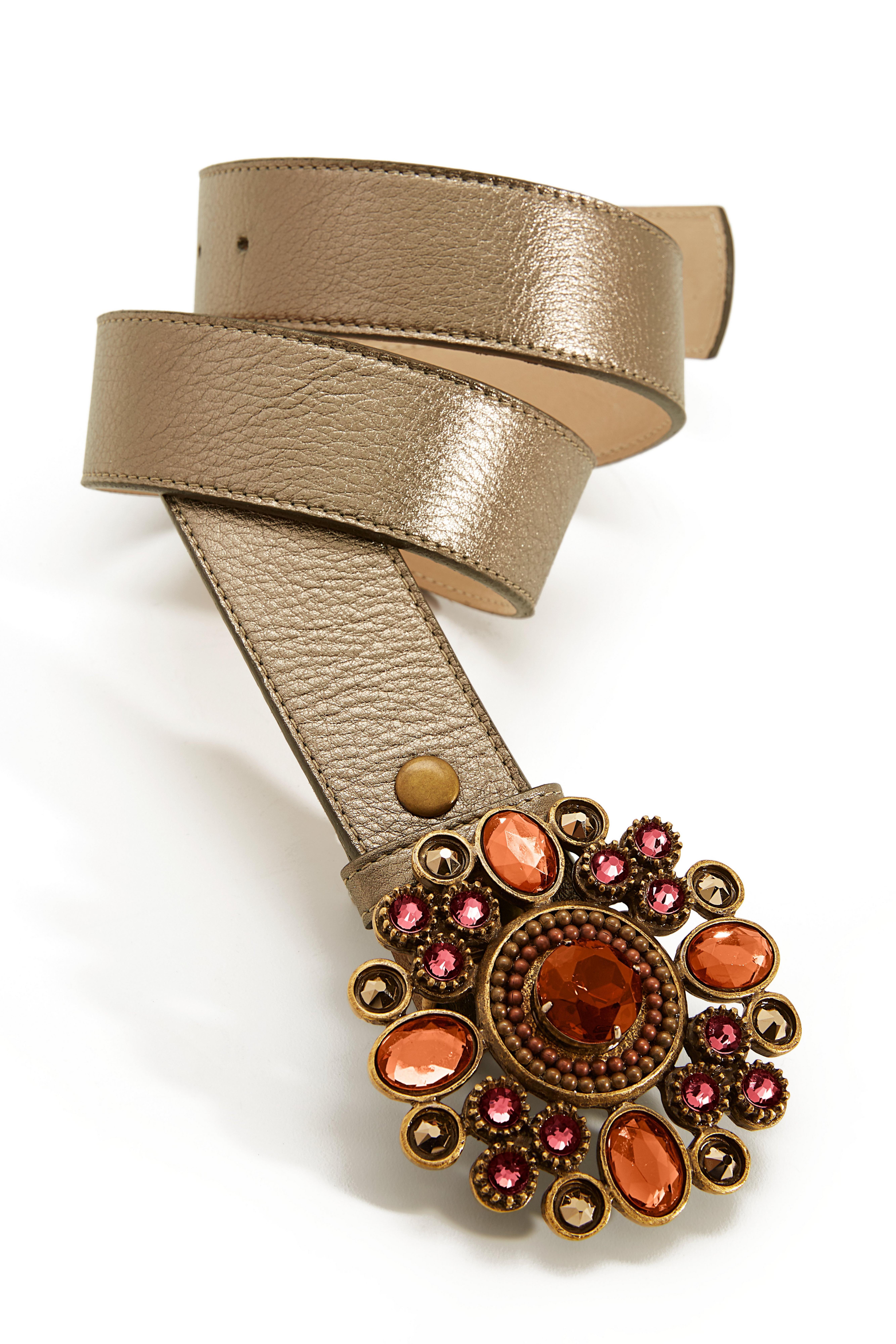 gold jeweled belt.