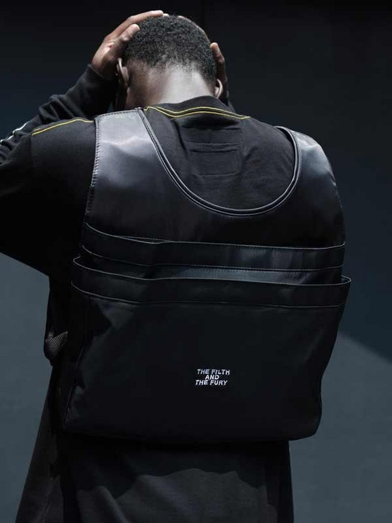 Neighborhood_Vestbag_Black