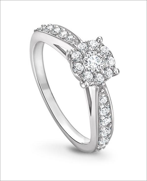 9ct White Gold 1/2ct Diamond Halo Cluster Ring