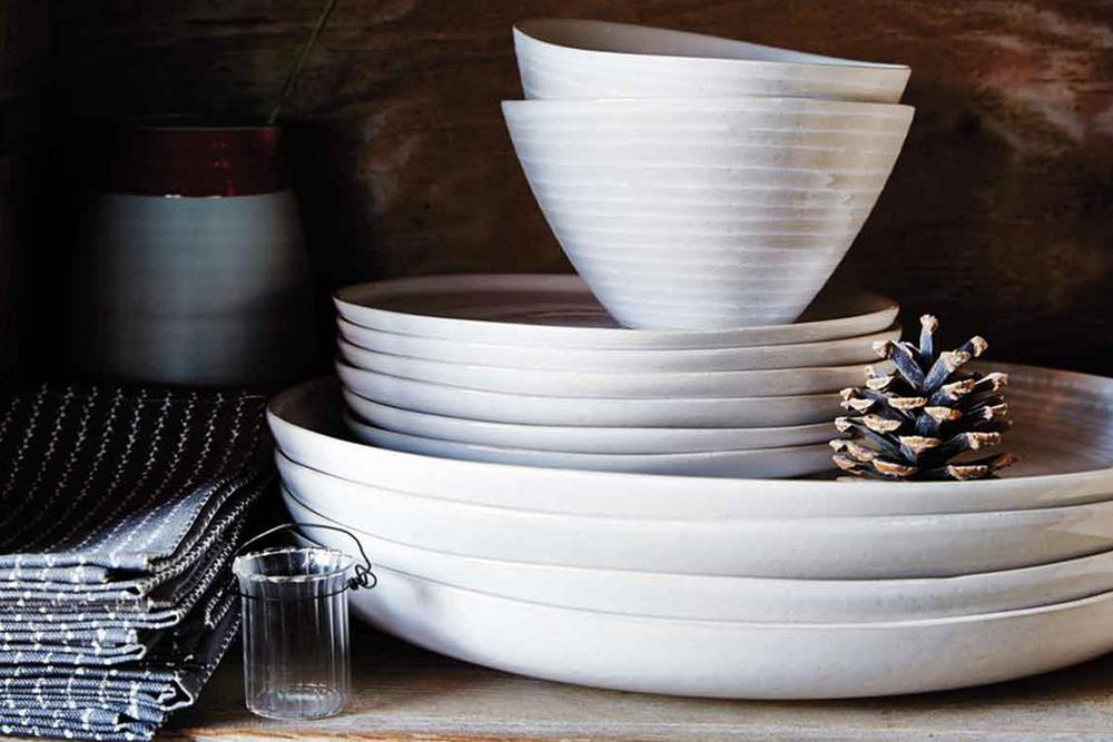Bedeck Murmur Plates and Bowls