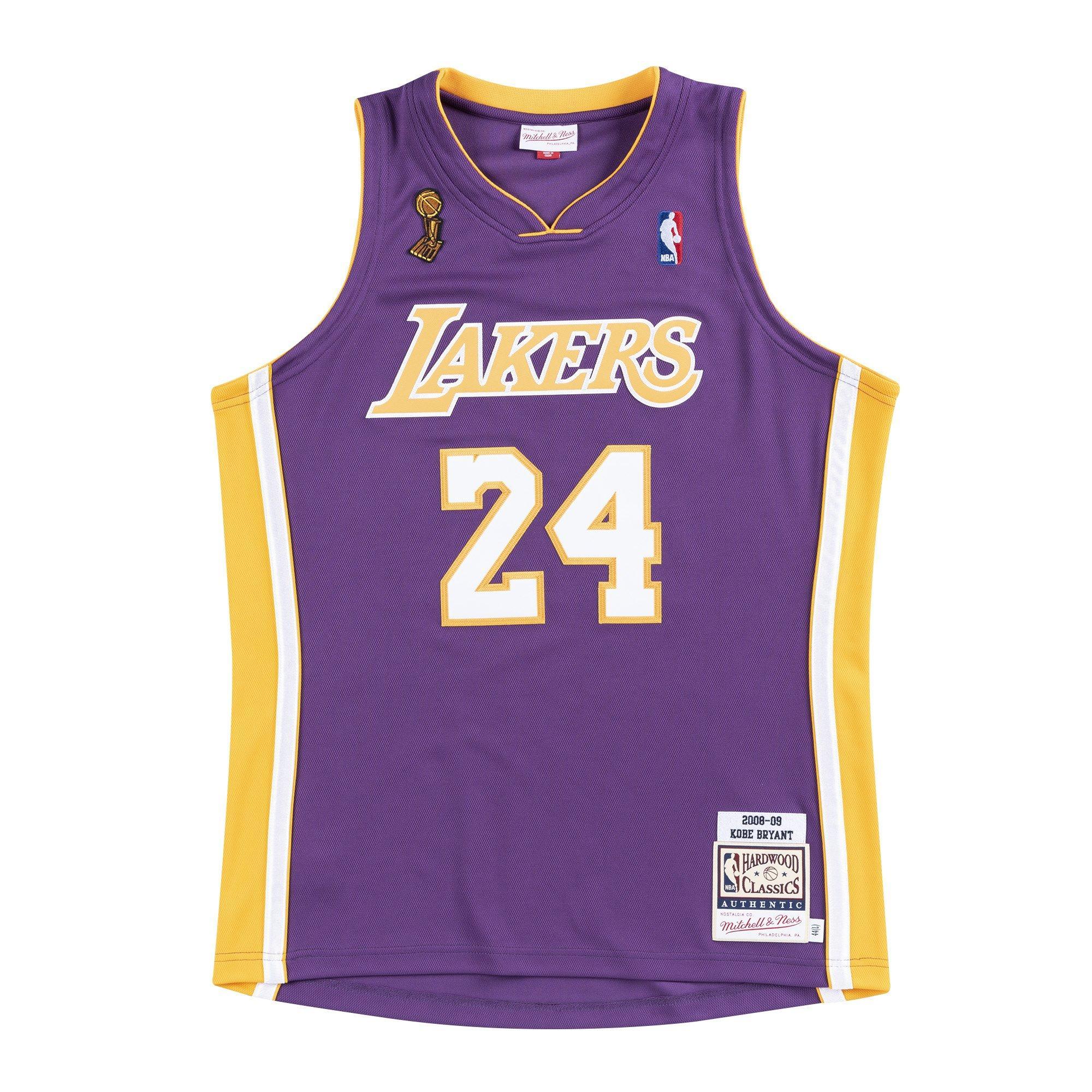 Mitchell & Ness Men's K. Bryant Los Angeles Lakers 08'-09' Authentic Hardwood Classics Jersey